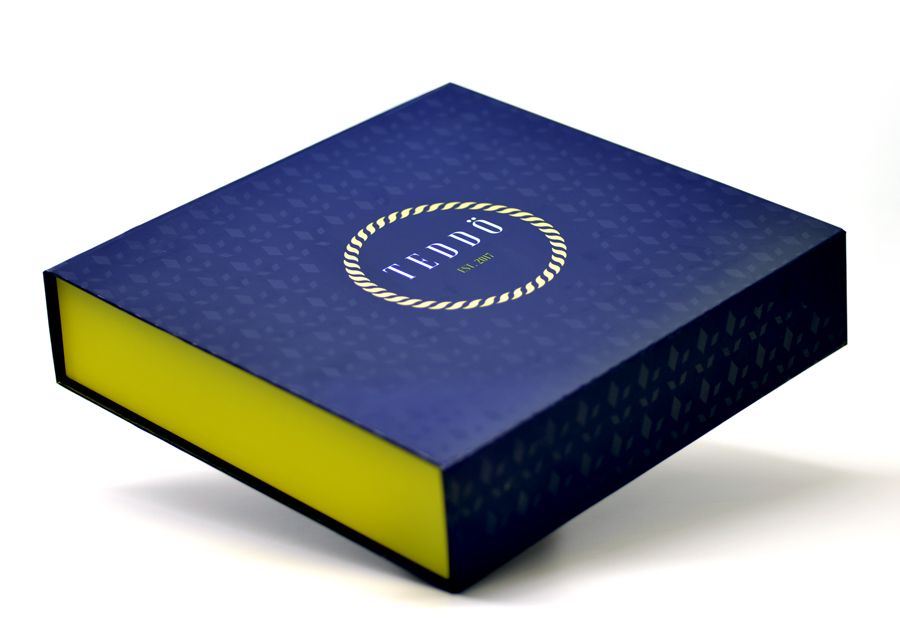 flat-fold collapsible rigid box   Magnetic Gift Box